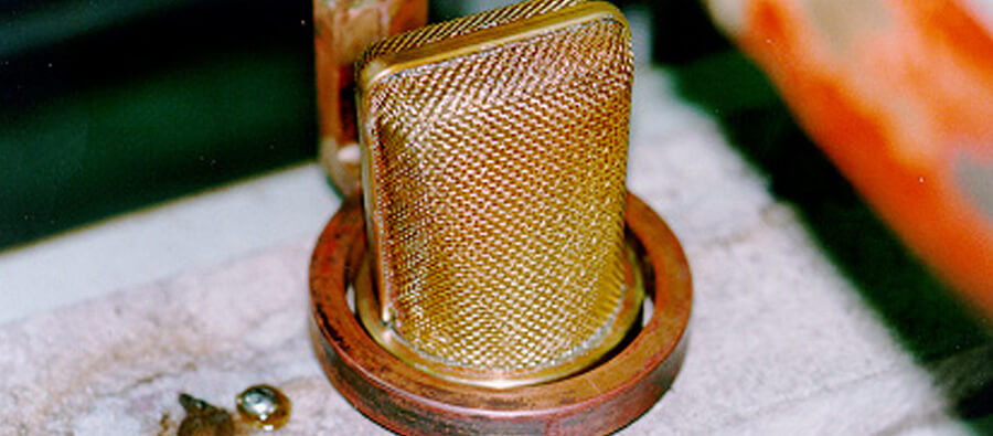Induction brazing of a microphone
