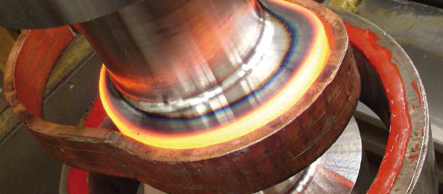 Induction heating - hardening camshaft